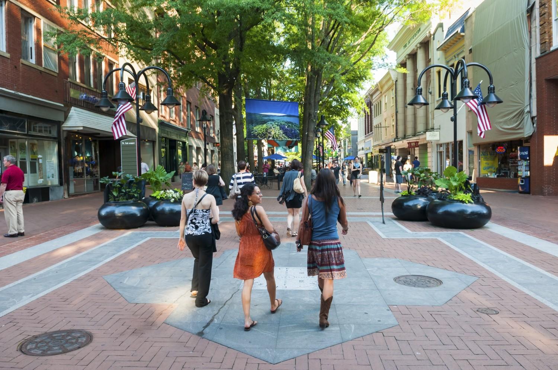 Pedestrians on Downtown Mall | Charlottesville, Virginia
